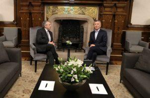 """Macri, que confió hasta el último momento en forzar una segunda vuelta en los comicios, adelantó que su formación política ejercerá una """"oposición sana, constructiva y responsable""""."""
