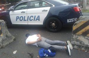 Según la Policía Nacional, el extranjero intentó robarle un reloj a un señor que caminaba por la zona. Foto: Policía Nacional.
