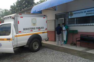 El cuerpo con rasgos indígenas permanece en la morgue judicial. Foto: Mayra Madrid.