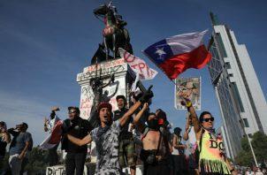 Protestas antigubernamentales en Chile. Foto/ AP