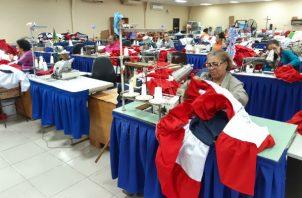 Trabajan con ahínco para lograr un buen resultado. Foto: MilagrosMF.