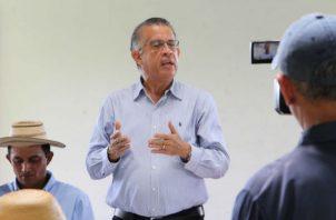 Augusto Valderrama, ministro del  Mida, se comprometió a activar el sistema de trazabilidad para la comercialización.