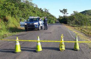 Funcionarios del Ministerio Público volvieron a la escena del crimen a recabar  evidencias.  Foto: Melquíades Vásquez.