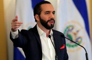"""De acuerdo con el comunicado, el Gobierno salvadoreño otorga 48 horas a todo el cuerpo diplomático del """"régimen de Maduro"""" para abandonar el territorio nacional."""
