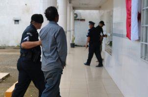 Un juez de Garantías ordenó la detención preventiva de Gavino Paz, de 33 años, residente en Tocumen y presunto culpable del triple homicidio registrado en Soná.