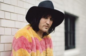 "Noel Fielding de ""The Great British Baking Show"". Foto/ Vicky Grout para The New York Times."