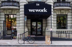 WeWork, una empresa que renta espacios de oficina compartidos, se valúa en unos $7000 millones, una cifra que está a años luz de los $47 mil millones con los que la empresa fue valuada en enero. Foto: WeWork.