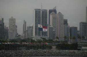 A través de las inversiones y relaciones diplomáticas con los Emiratos Árabes Unidos, el Gobierno panameño espera afianzar los cuatro pilares. Foto/Víctor Arosemena