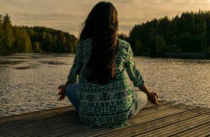 Luego de atravesar una relación larga y que esta llegue a su fin, un gran reto es aprender a estar solo y no caer en una relación solo por temor a la soledad.