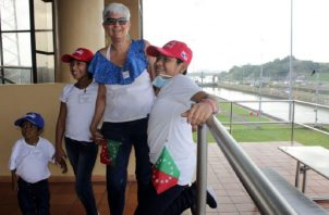 Los niños hospitalizados reciben educación y trece de ellos visitaron la ciudad capital.