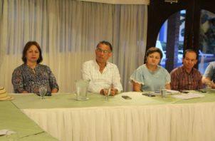 El ministro del Mida, Augusto Valderrama destacó que lo que buscan es establecer una política ganadera sostenible a largo plazo.