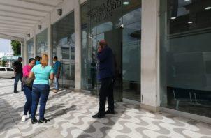 En el SPA solo quedaron los implicados en el caso acompañados por sus familiares. Foto/Diómes Sánchez