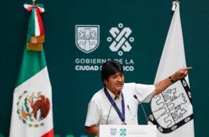 El expresidente boliviano ahora pide la mediación para un diálogo. FOTO/AP