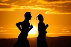 La seguridad de poder mantener hábitos sanos depende del sexo de la persona, según un estudio. Pixabay
