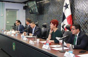 La Comisión de Comercio de la Asamblea Nacional se reunió ayer.  Cortesía Asamblea Nacional