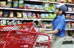 Niños con autismo aprenden a ser independientes y conocen sobre actividades diarias. Cortesía Iphe.