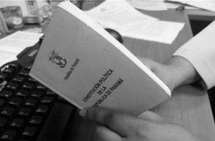 Introducir un régimen de gobierno semipresidencial para una distribución más equilibrada del poder político entre los Órganos del Estado, eliminaría el exacerbado presidencialismo,que nació con laConstitución de 1972,aúnvigente.  Foto: Archivo.