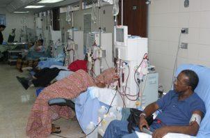 Más de dos mil pacientes están recibiendo diálisis a nivel nacional. Foto: Archivo
