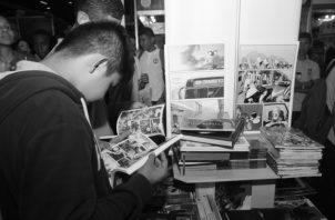 Estamos perdiendo la cultura de leer libros, los jóvenes deben buscar entretenimiento en la lectura de buenos libros Foto: Archivo.