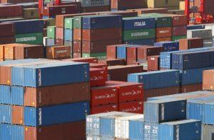 El transporte en el sector logístico genera miles de empleos que podrían estar en riesgo. EFE