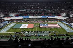 El Azteca albergó un partido de NFL.
