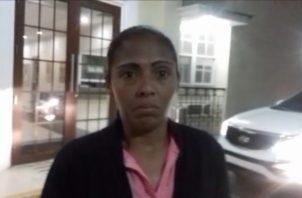 Daneris Vargas, quién permanecía detenida en el centro femenino de Los Algarrobos en el distrito de Dolega, a su salida de la audiencia, dijo lamentar la muerte del joven y entender el dolor de sus familiares.