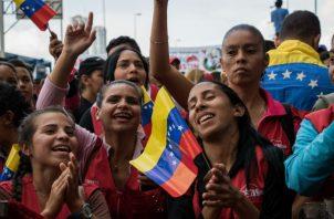 Cientos de opositores se manifiestan en Caracas (Venezuela). Foto: EFE.