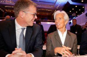 """Christine Lagarde advirtió de que las economías avanzadas """"se encuentran en medio de una desaceleración a largo plazo""""."""