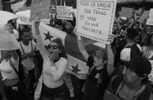 Las protestas contra las reformas a la constitución han convocado grupos de personas de multivariados pensamientos. Foto: Víctor Arosemena. Epasa.: