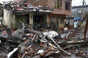 Este ataque se produjo en un momento de máxima tensión en Colombia por la ola de disturbios y vandalismo que siguió a las protestas pacíficas del jueves contra la política económica y social del presidente Iván Duque.