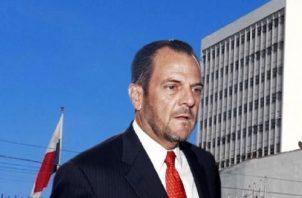 Jorge Barkat se quejaba, con Juan Carlos Varela, de que el contralor de la República,  Federico Humbert había bloqueado el pago de la bonificación a los empleados de la Autoridad Marítima de Panamá.  Archivo