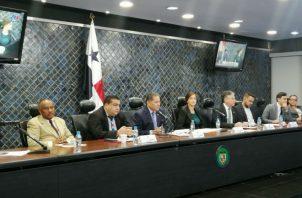 La Comisión de Credenciales entregará un informe al pleno de la Asamblea Nacional sobre la ratificación o no de cada magistrado designado.