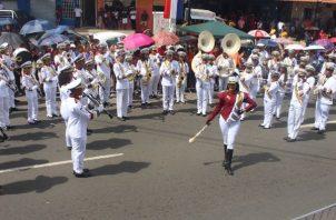 De las 73 bandas de música que asistirán, 51 son de colegios públicos y particulares del país, 23 bandas independientes; además de tres bandas cristianas.