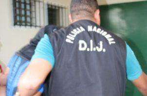 La captura de este sujeto se realizó en el barrio El Varital en el distrito de David, luego de un trabajo de inteligencia por parte de las autoridades policiales y civiles.