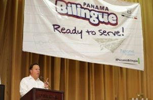 Panamá Bilingüe es unos de los programas que piden investigar.