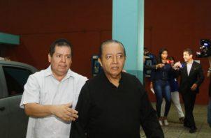 El padre David Cosca es acusado de encubrimiento en el homicidio de Hidadi Sabtos Saavedra.