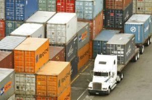 Transportistas de carga terrestre representan al 90% del sector en el país. Archivo