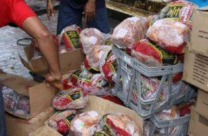 Las Naviferias venderán productos nacionales y no se importará jamones como en años anteriores, según advirtieron las autoridades. Yéssika Valdés