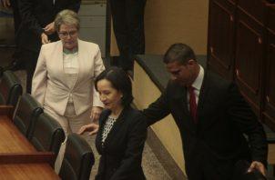 Los tres magistrados recibieron el apoyo del pleno de la Asamblea Nacional. Foto de Víctor Arosemena