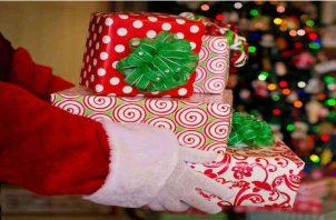 Niños hiperregalados en Navidad.