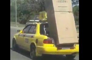 La grabación se hizo cuando el taxi circulaba por el Corredor Norte.
