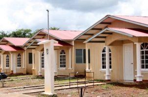 Miviot culminó la construcción de 95 unidades básicas y y realizó 183 mejoras a viviendas en las provincias de Bocas del Toro, Chiriquí, Coclé, Veraguas, Herrera, Los Santos, Panamá y Panamá Oeste.