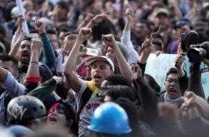 Las demandas incluyen pedirle al presidente Iván Duque que no haga cambios en las leyes fiscales, laborales y de pensiones. FOTO/AP
