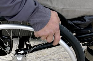 Cada año entre 250 y 500 mil personas  sufren  lesiones de la médula espinal. Foto: Pixabay