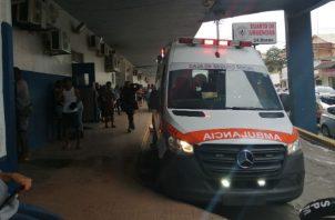 Los baleados fueron auxiliados y llevados a urgencias de la Policlínica de Sabanitas. Foto: Diómedes Sánchez S.