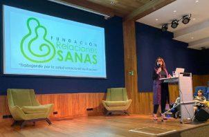 La fundación realiza reuniones para ayudar por medio del diálogo.