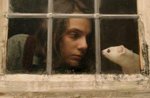 Protagonizada por Dafne Keen.