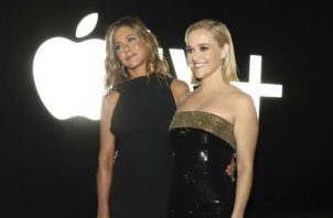 "Dos temporadas de ""The Morning Show"", nueva serie con Reese Witherspoon y Jennifer Aniston, cuestan a Apple 240 millones de dólares. Foto/ Greg Allen/Invision, vÍa Associated Press."