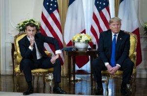 El presidente Emmanuel Macron, de Francia, horrorizó a muchos líderes europeos con comentarios desdeñosos sobre la OTAN y EE. UU., pero muchos coinciden con él en que Europa necesita más independencia en política exterior. Macron con el presidente Donald J. Trump en Londres. Foto/ Al Drago.