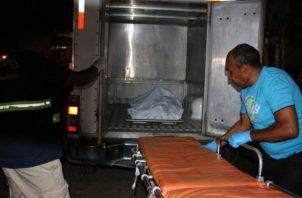 Se pudo conocer que la persona fue trasladada al hospital Dionisio Arrocha en Puerto Armuelles donde a su llegada los médicos de turno dictaminaron que no tenía signos vitales. Foto: Mayra Madrid